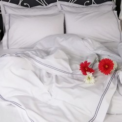 Duvet Cover Egyptian Cotton 200 Thread Count Percale Porto Blue trim red flower close up