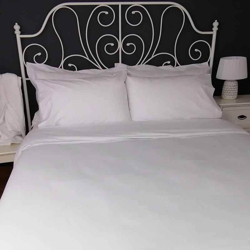 Duvet Cover Egyptian Cotton 200 Thread Count Percale Porto White trim